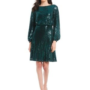 NWT Tadashi Shoji Sequined Lace-Back Blouson Dress